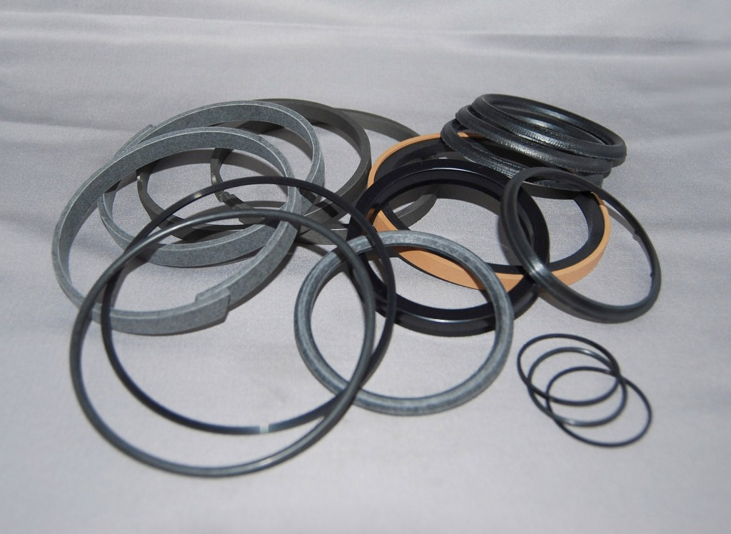 Yanmar B25V-1 Swing Ram Seal Kit